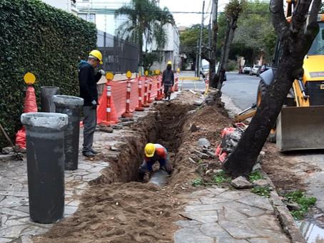 SURB inicia obras em redes pluviais na Rua Evaristo da Veiga
