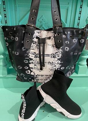 Couture Stingray Large Shoulder Bag