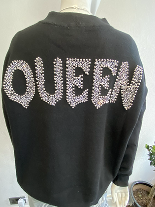Queen Jumper