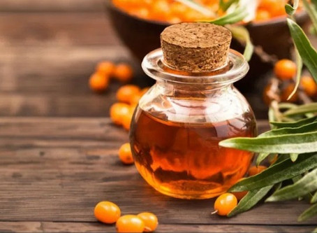 SEABUCKTHORN & LYCOPENE CAN FEED YOUR FACE CORRECTLY FOR A HEALTHIER SKIN