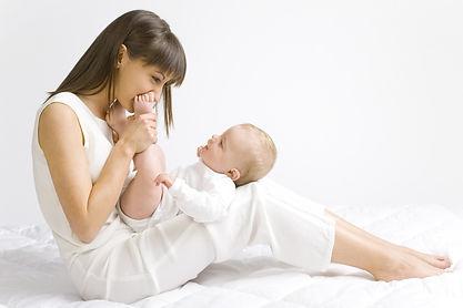 mum & baby yoga, postnatal yoga, baby yoga