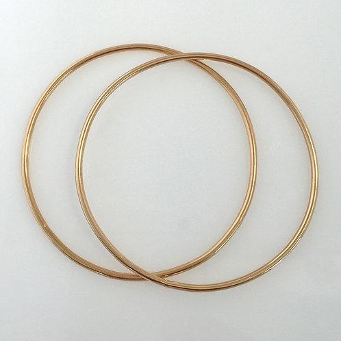 14k Gold Round Wire Bangle