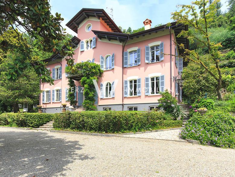 Villa Lago Maggiore P11_31.jpg