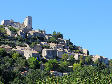 Exploring the Luberon Hill Towns - Lacoste