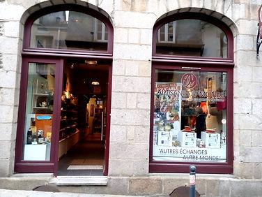 Boutique Artisans du Monde Rennes.jpg