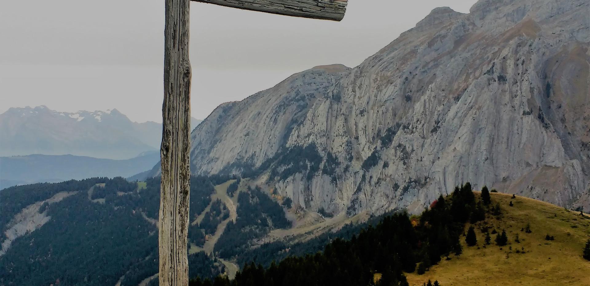 Croix du Felay et Bargy en arrière plan
