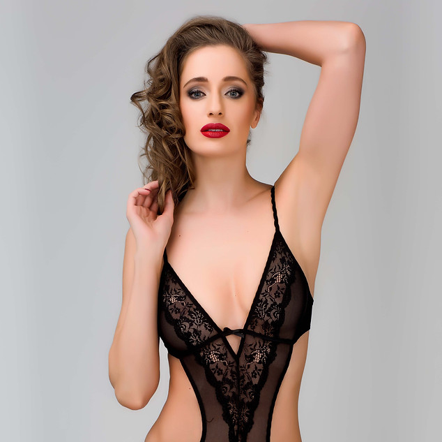 TET Lingerie: Love Is In The Air