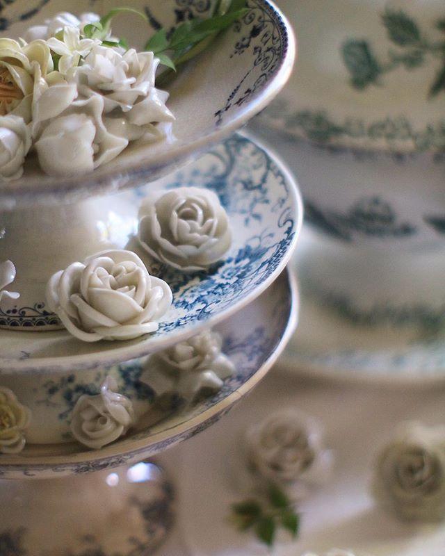 コンポティエ 陶器の花