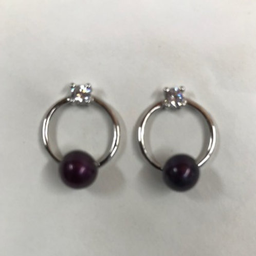 Round with Stone Stud Earrings