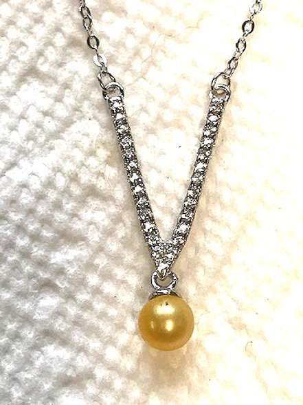 Bling V Necklace with Pearl