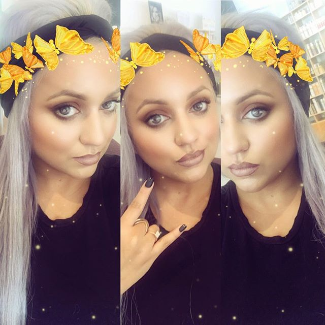 Ooh snap!! Snap chat!! Feeling this golden butterfly filter _3 stay fresh y'all! #ilovejapan #singer