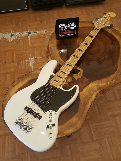 Squier Jazz Bass V Vintage Modified White
