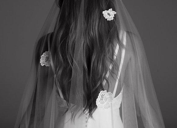 Voile en tulle brodé main de fleurs