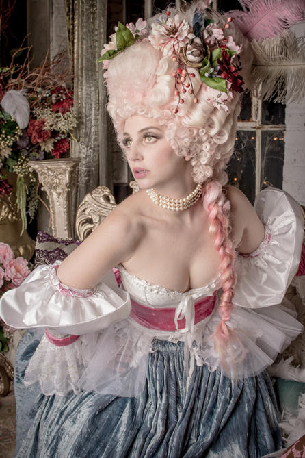 Marie Antoinette Photo Fashion-14.jpg