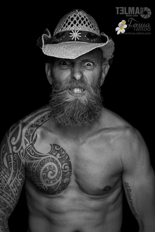 """tatouage polynésien bras épaule pec """" le trappeur """""""