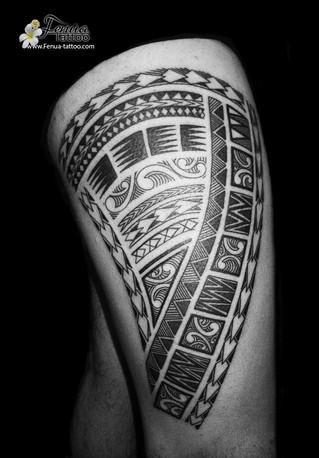 Tatouage tribal polynésien
