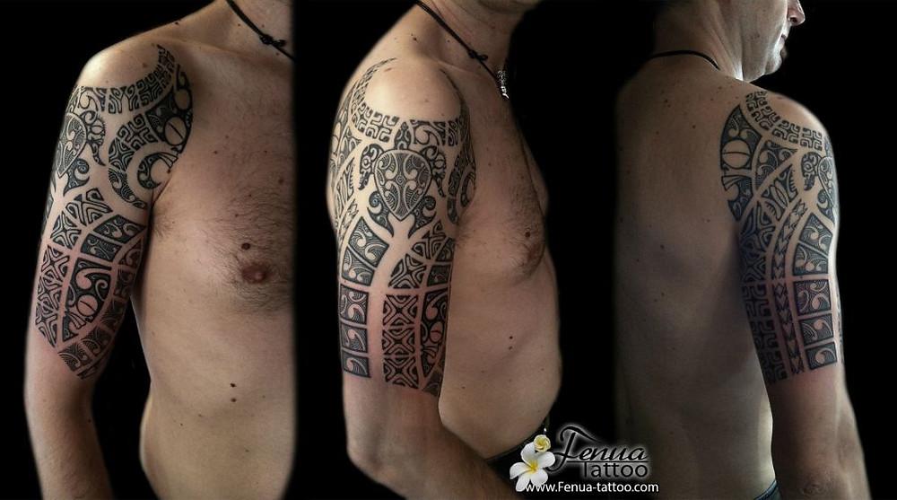 tatouage polynesien epaul bras var sanary sur mer tahiti tattoo marseille toulon