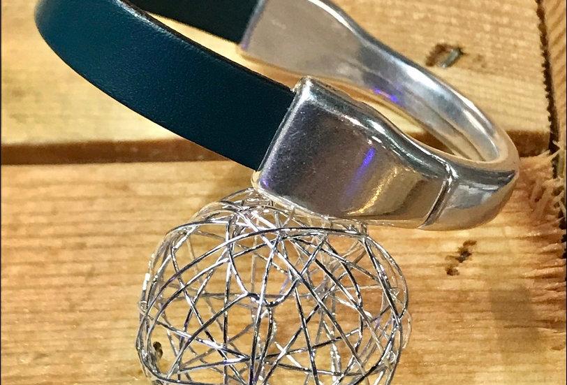 Bracelet demi-lune aimanté