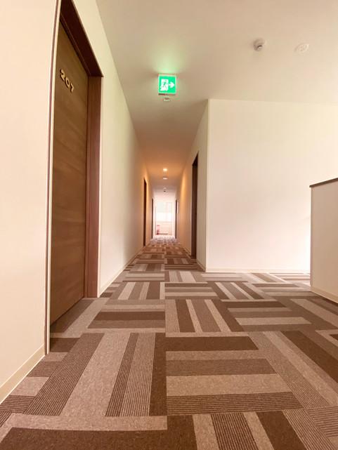 hanafuji-inn 2F廊下.jpg