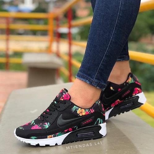 Nike Floreado