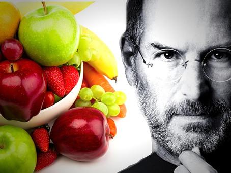 Steve Jobs- ofiarą leczenia czy owocowej diety?