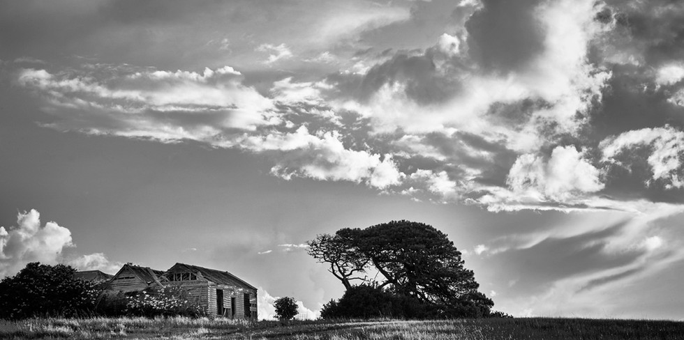 HistoricalFarm House in Bellarine.jpg