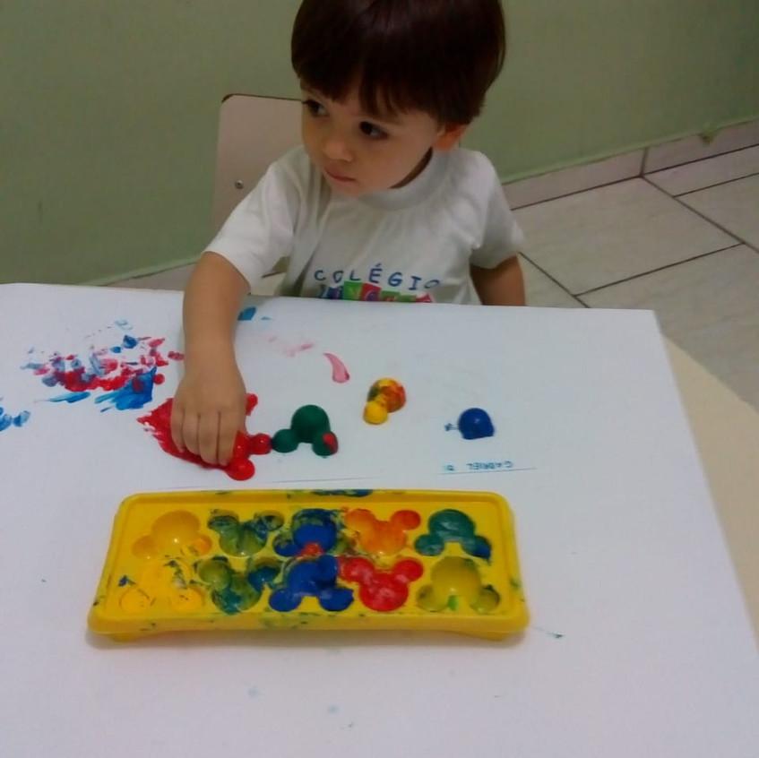 Gelo_colorido_nas_pinturas_artísticas_4.
