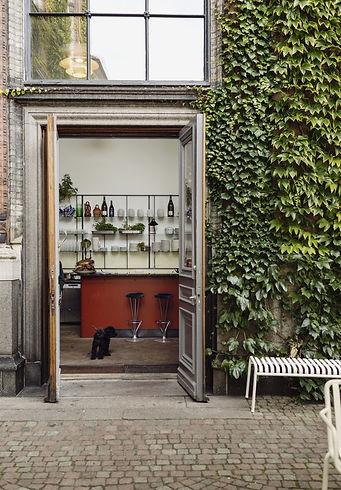 Apollo Bar & Canteen are Kunsthal Charlo