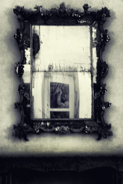Only a mirror can break your heart