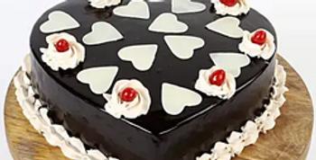 White Chocolate Hearts Truffle Cake