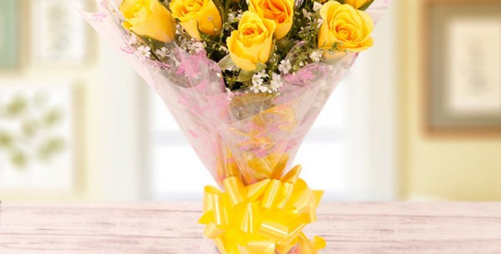Attractive Yellow Roses