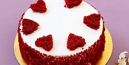 Red Hearts Velvet Cake