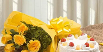Yellow Roses Bouquet with Pineapple Cake Combo