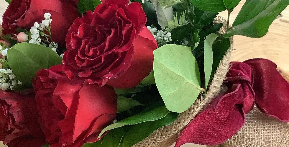"""Gorgeous One Dozen""""Heart"""" Roses"""