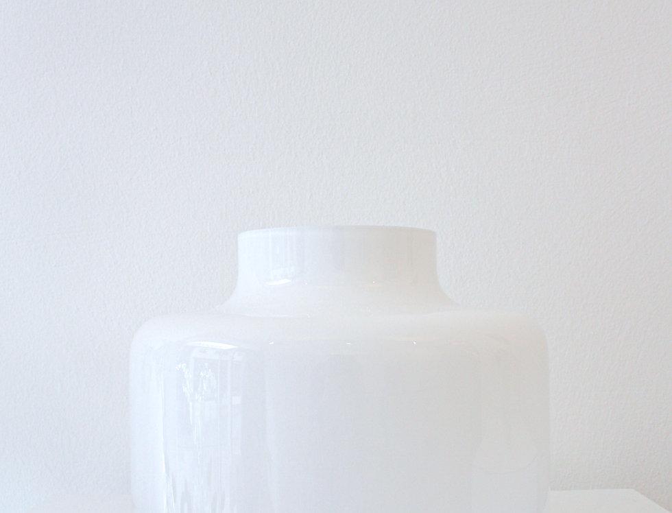 Nude Vase Magnolia opalwhite flach