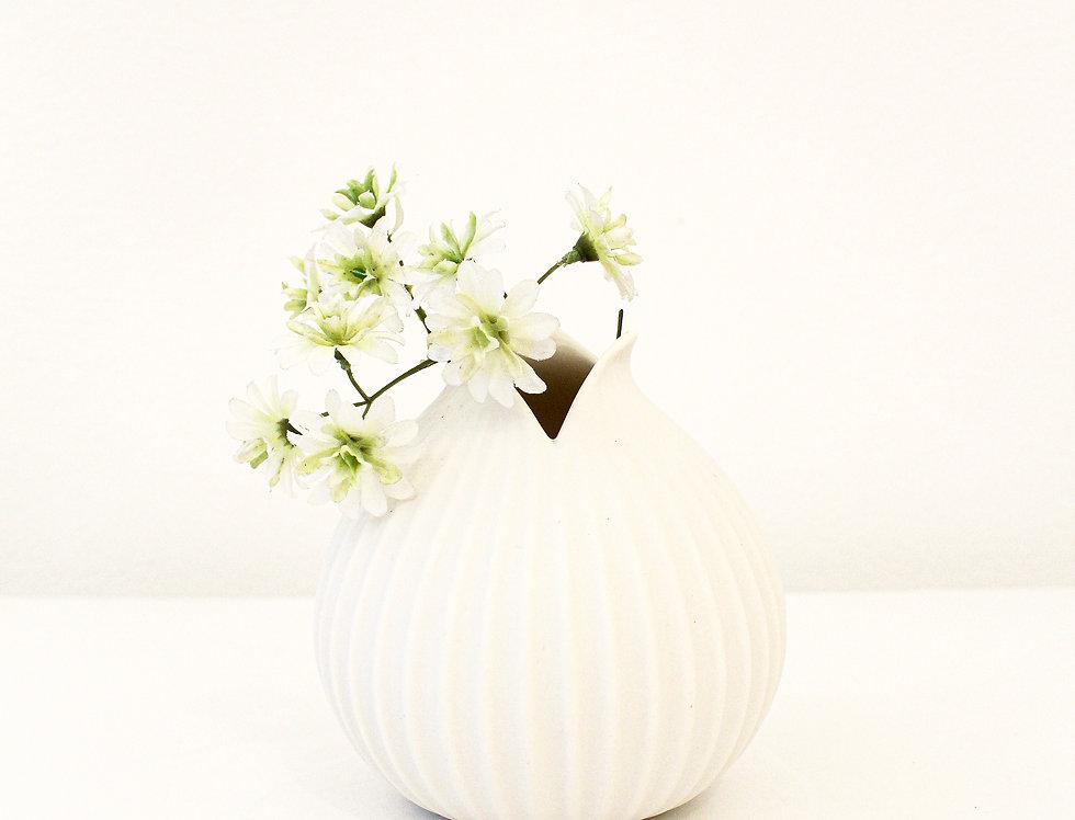 ASA Vase matt weiß mit Rillenstruktur