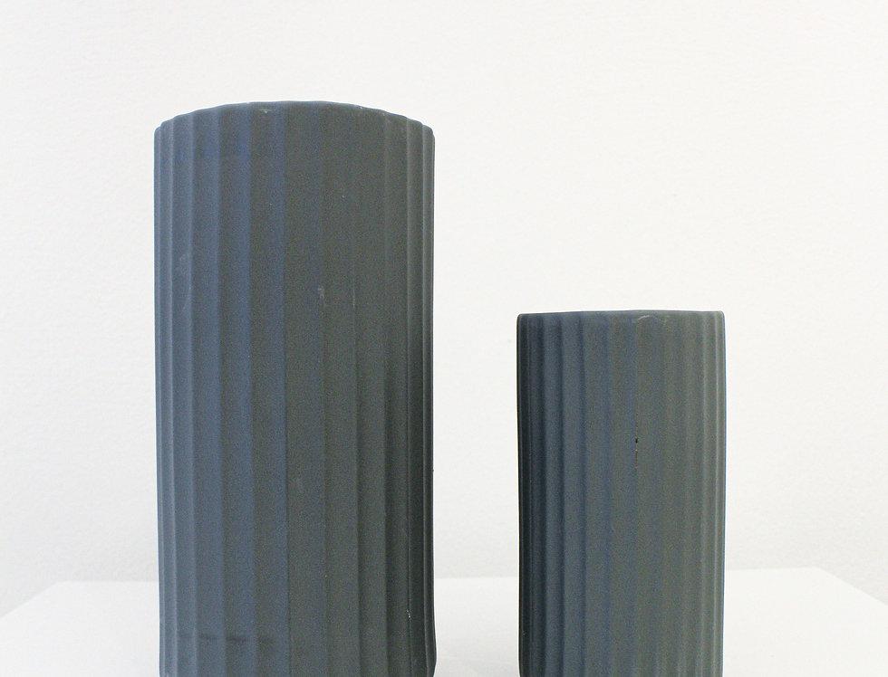 ASA Vase YOKO matt basalt mit Rillenstruktur klein