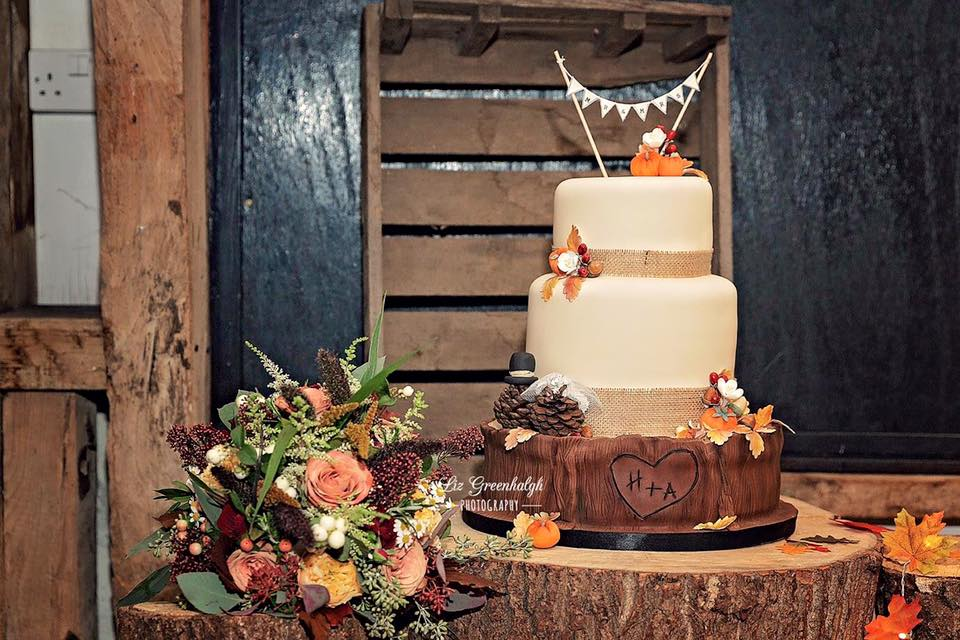 Autumn theme wood cake