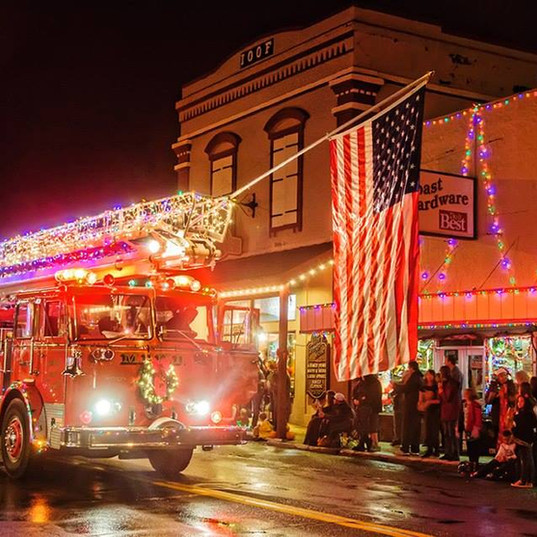 Firetruck Main Street.jpg