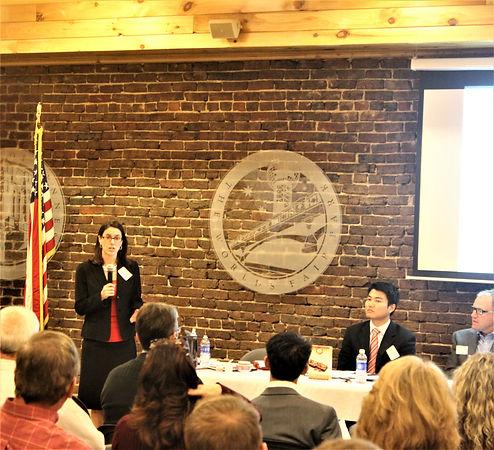 2015 Elizabeth speaking at TNCN event at