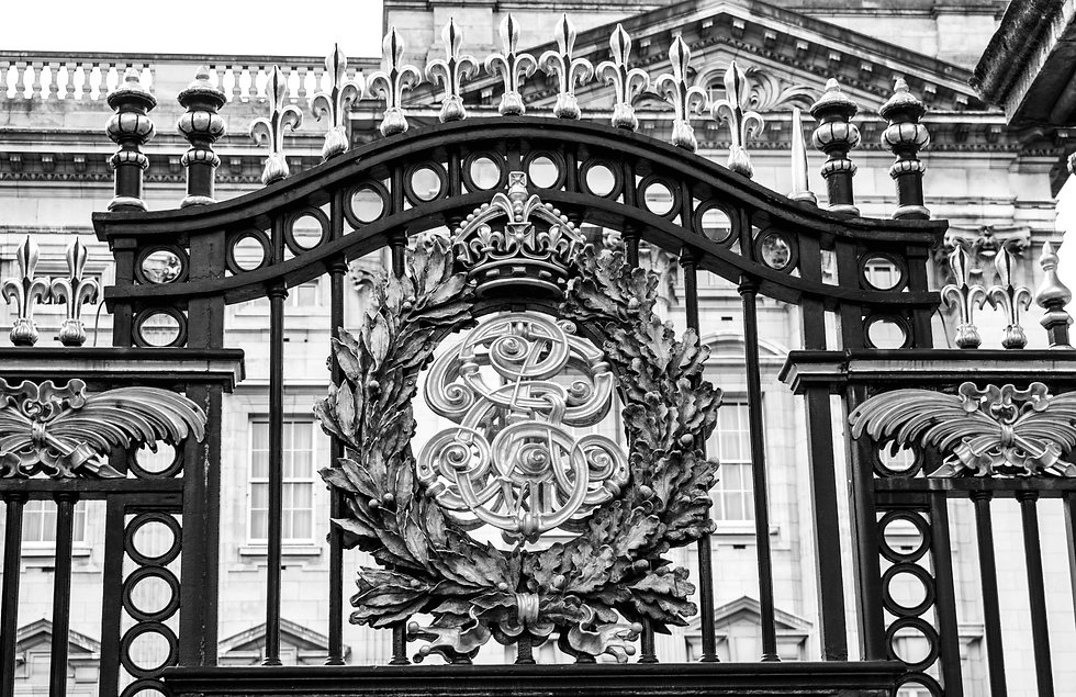 Gate%20of%20Buckingham%20Palace%20in%20L
