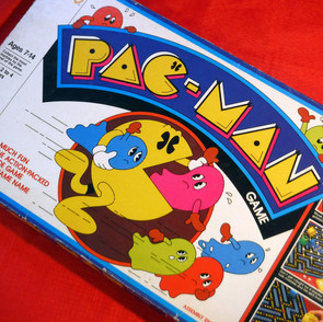 Milton Bradley - Pac-Man