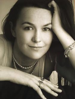 Professional Image - Elizabeth Walker.JP