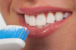 dentes-brancos-e-a-escovação