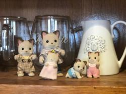 Keats Cats Family