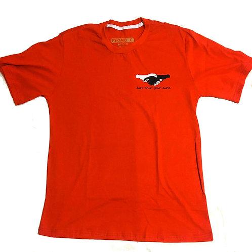T-Shirt Trust your guns