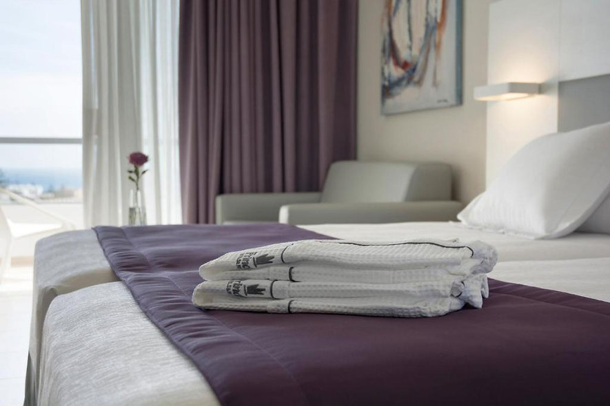 RETREAT - PRIVATE SINGLE ROOM WITH ENSUITE (early bird)