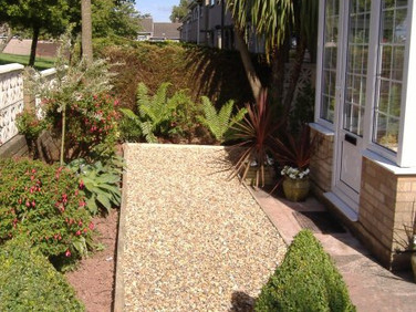Landscape stone and timber edging