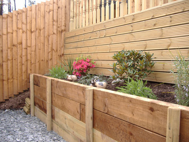 Softwood raised border