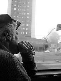 old-man-1436941.jpg
